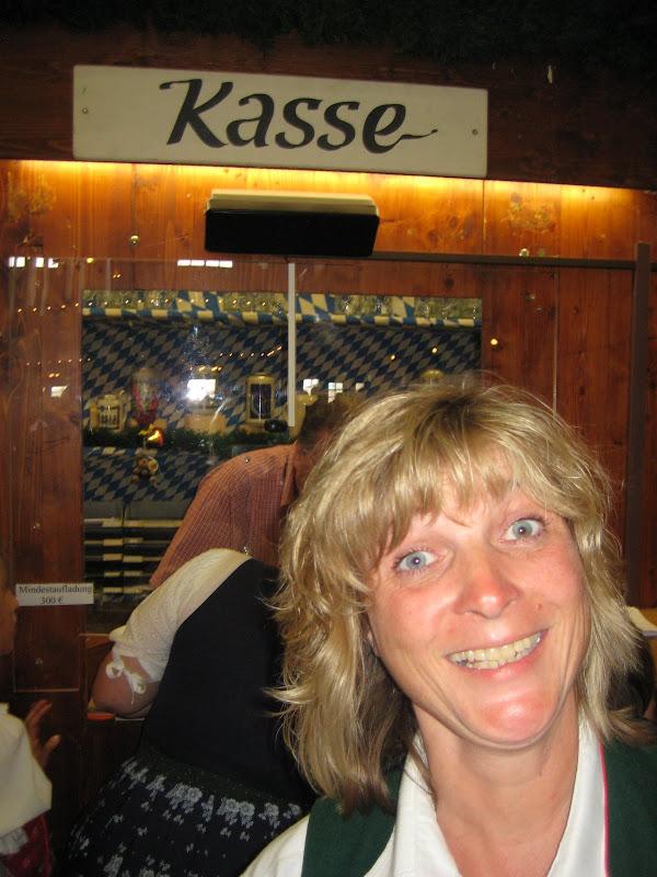 KORNMESSER BEIM OKTOBERFEST 2009 148.JPG