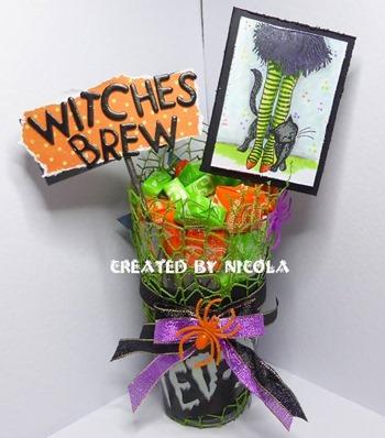Nic - halloween or halloween colours