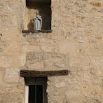 Rue des Vétérans : niche avec statuette