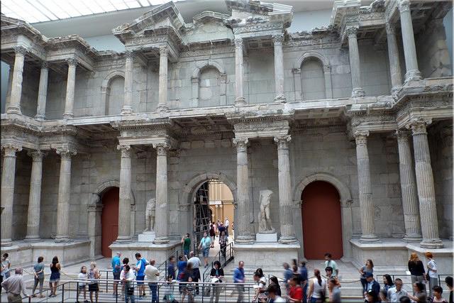 Puerta romana del mercado de Mileto - Pergamonmuseum - Berlín'15
