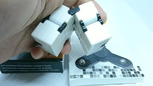 DSC 6039 thumb%255B2%255D - 【フィジェット/Fidget】次世代フィジェット「Fidget Infinity Cube (フィジェット・インフィニティ・キューブ)」&「ハンドフィジェットスピナー2種」レビュー。無限パワー!?