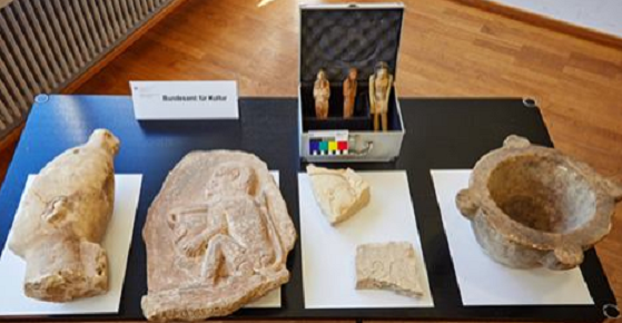 Near East: Swiss return ancient cultural objects to Egypt