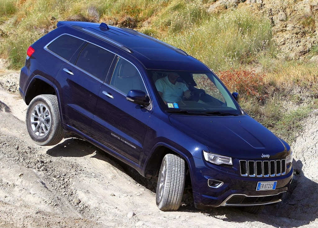 Makyajli-2014-Jeep-Grand-Cherokee-7