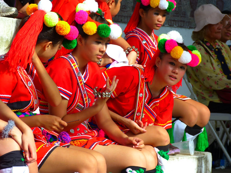 Hualien County. Liku lake. Danses Amis J 2 - liyu%2B2%2B459.JPG