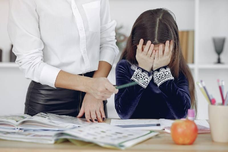 Dikkat eksikliği olan çocuğa nasıl davranmalıyız