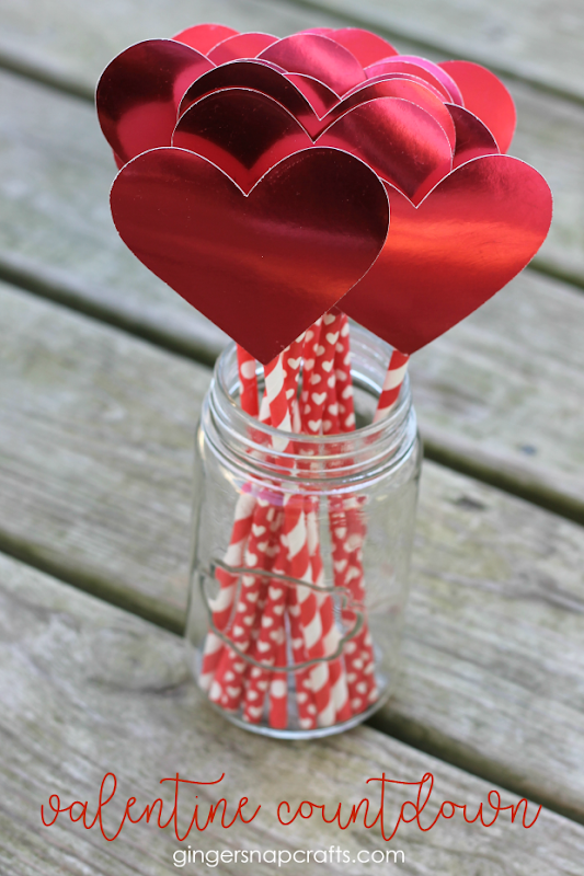 Valentine Countdown at GingerSnapCrafts.com #valentines #valentinesday #crafts