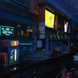 Undisputed Sports Bar & Grill's profile photo