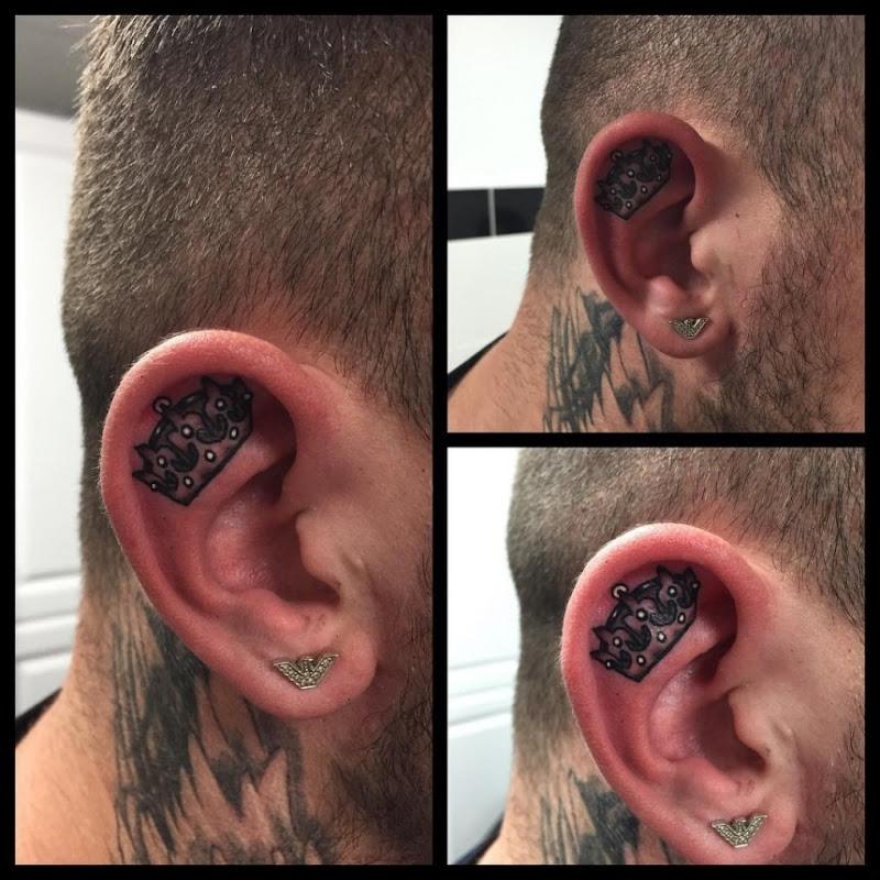 coroa_ouvido_tatuagem
