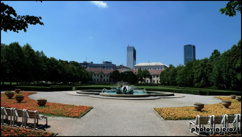 Jardines del palacio Aspremontuv