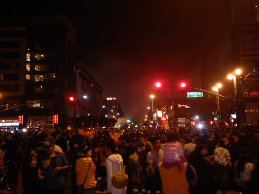 SF Giants Fans Gone Crazy Post '12 World Series Win