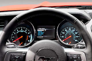2015-Ford-Mustang-170