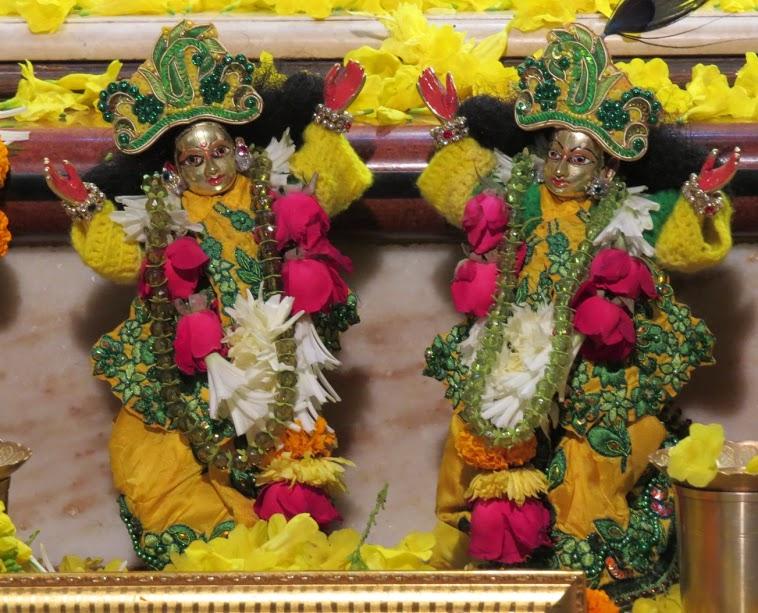 ISKCON Vallabh vidhyanagar Deity Darshan 11 jan 2017 (5)