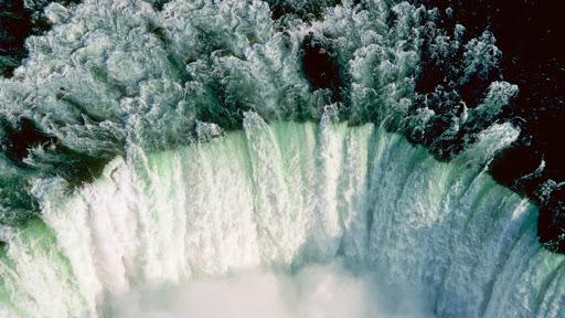 Aerial View of Horseshoe Falls at Niagara Falls, Ontario.jpg