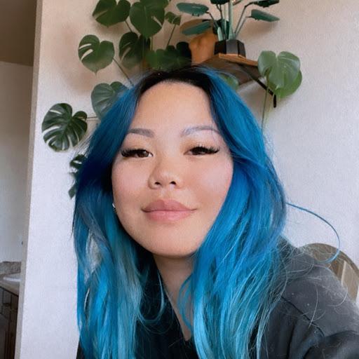 Angie Nguyen Photo 28