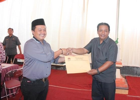 Berita foto video sinar ngawi terbaru: KPUD Ngawi terbitkan SK penetapan dua paslon dalam pilkada serentak mendatang