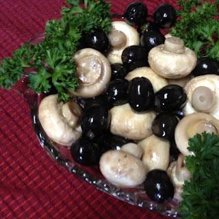 Marinated Mushrooms & Olives