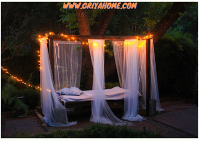 Canopied Swing Bed