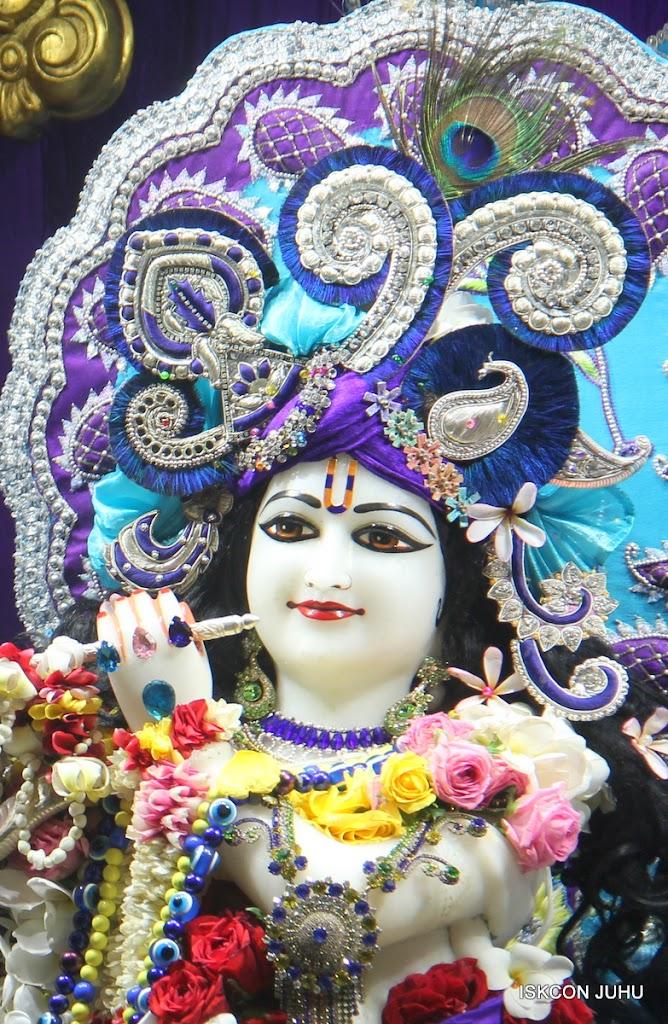 ISKCON Juhu Sringar Deity Darshan on 7th July 2016 (19)