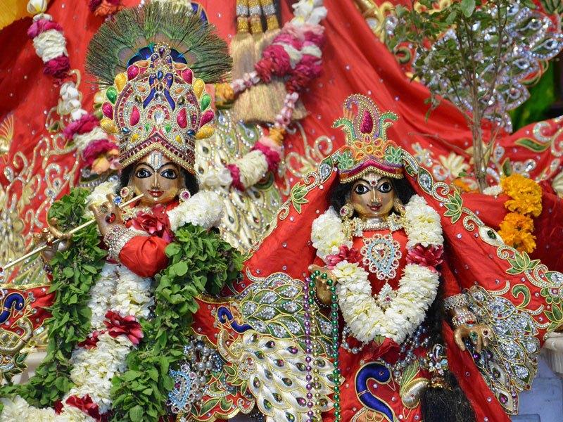 ISKCON Ahmedabad Deity Darshan 05 Mar 2016 (1)