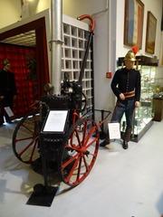 2016.04.29-007 pompe à vapeur sur chariot à 2 roues