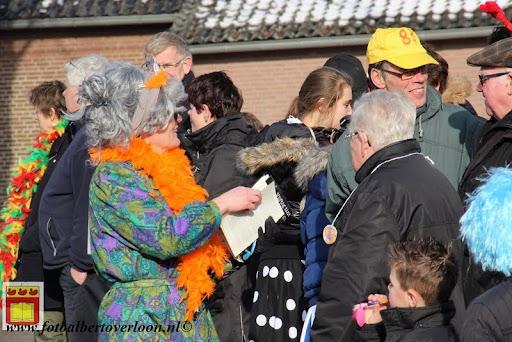 Carnavalsoptocht overloon 10-02-2013 (20).JPG
