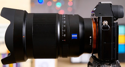 Photo: Sony Distagon T* FE 35mm f/1.4 ZA Lens Mounted to A7r