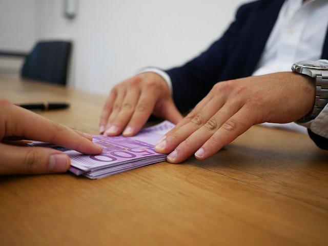 kelebihan dan kekurangan pinjaman online