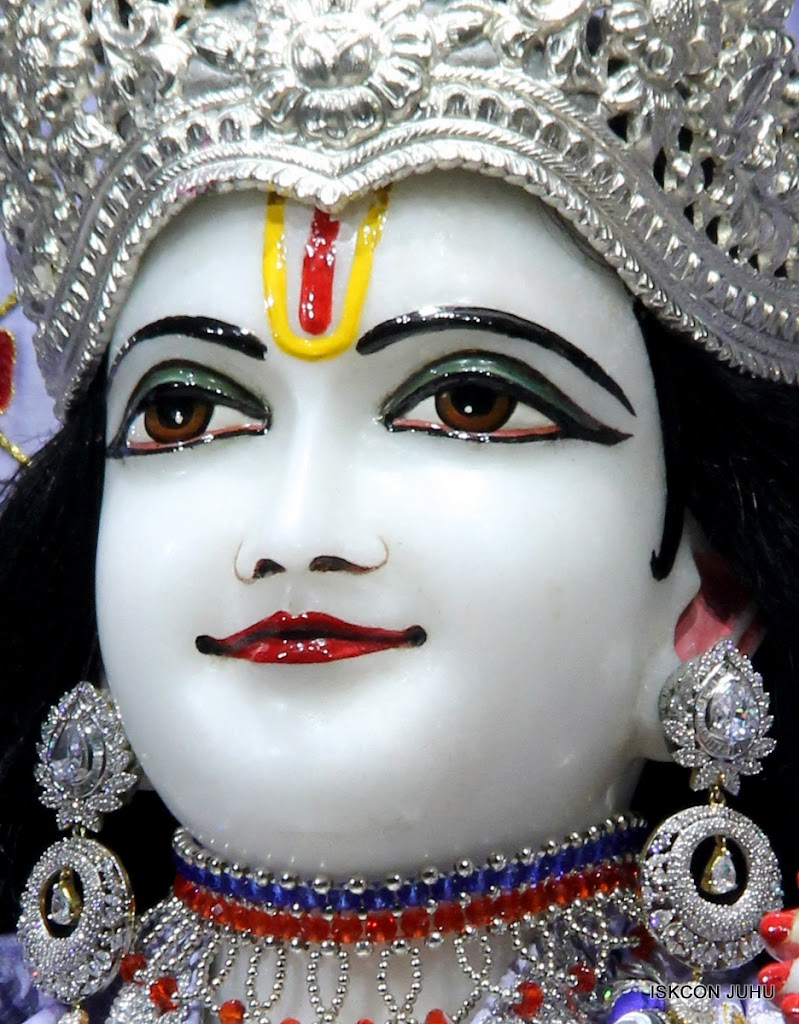 ISKCON Juhu Mangal Deity Darshan on 11th Aug 2016 (4)
