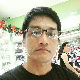 user Rhon Villavicencio apkdeer profile image