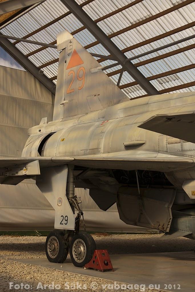 23.08.12 Eesti Lennundusmuuseumi eksponaadid 2012 - AS20120823LENNUK_087V.JPG