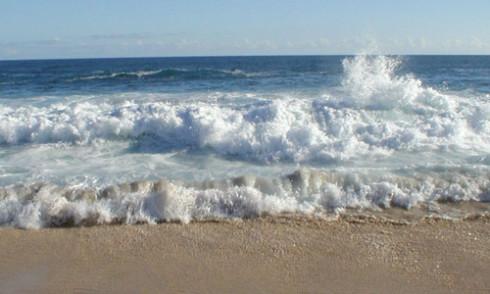 Thơ tình Sóng Biển