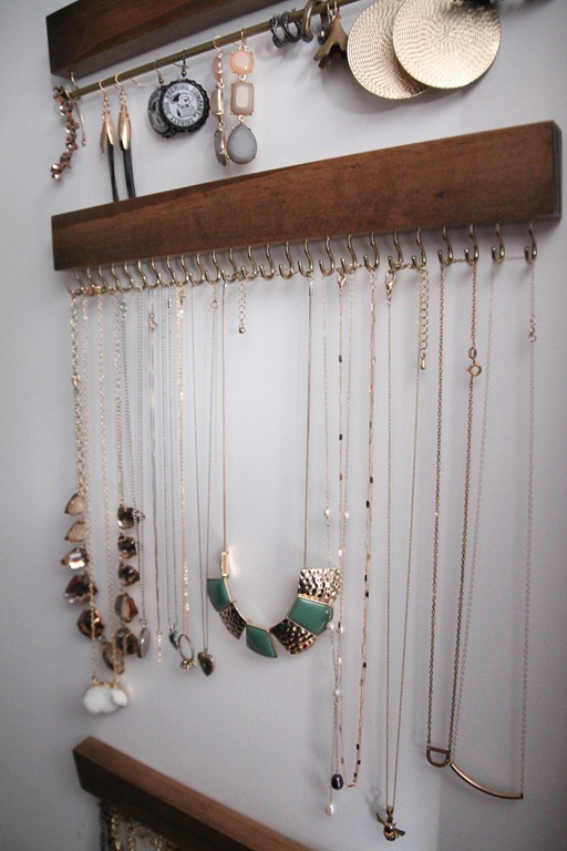 Closet-Jewelry-Holder-2_thumb