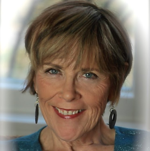 Collette Cullen Photo 6