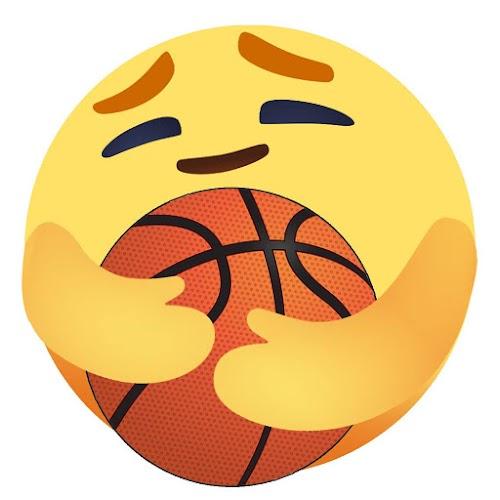 Ảnh chế Facebook reaction Thương Thương bóng rổ
