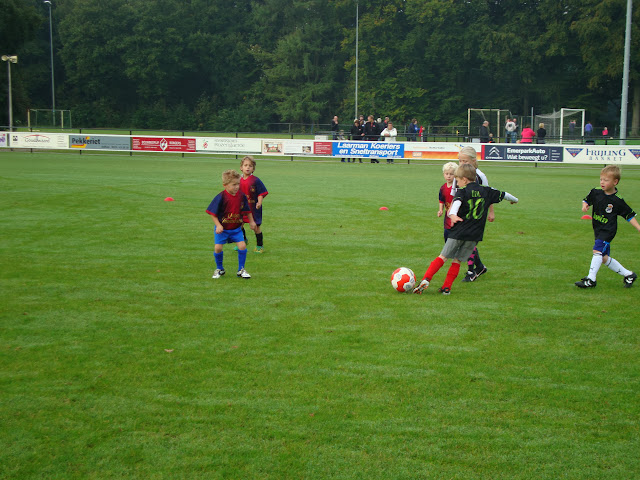 CL 05-10-13 (Kabouters) - Kaboutervoetbal%2B008.JPG