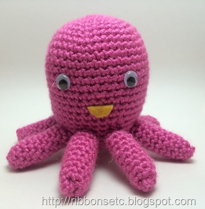 octopus,amigurumi,pink,crochet,yarn,googly eyes