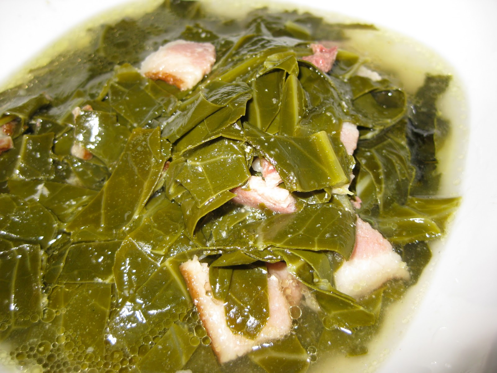 Feasting on Fitness: Southern Cooking Classic: Collard Greens