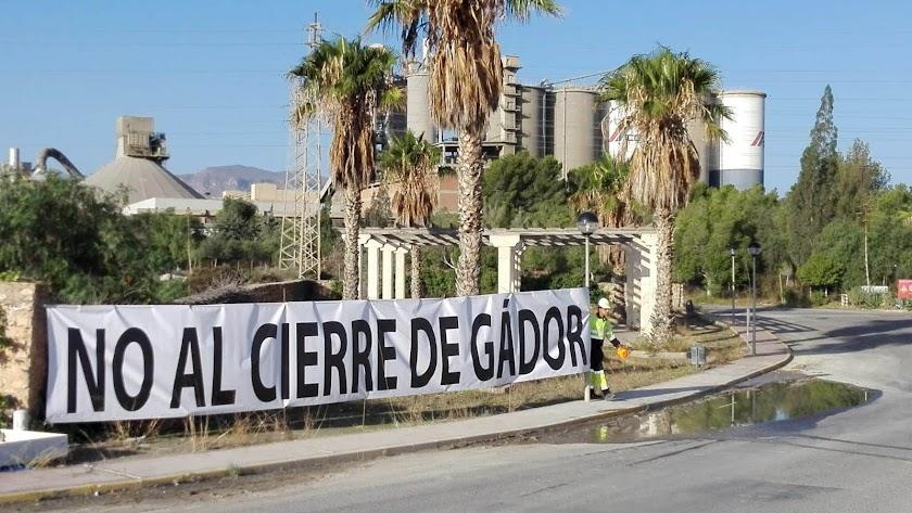 Cemez anunció el cierre de la planta de Gádor en octubre.