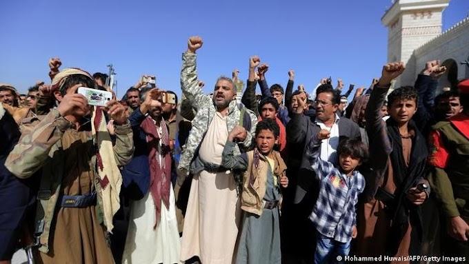 Guerra de Yemen: Arabia Saudita propone un alto el fuego y los hutíes rechazan.