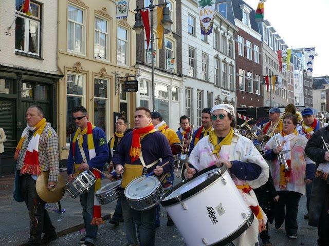 2011-03-06 tm 08 Carnaval in Oeteldonk - P1110671.jpg