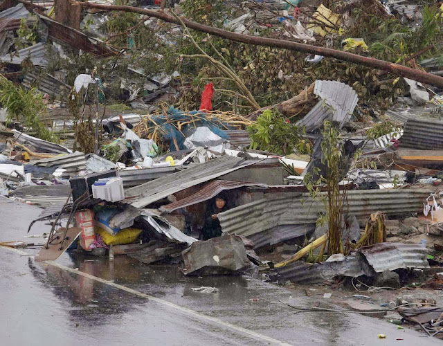 Photos-Caused-by-Typhoon-Yolanda-Haiyan-11-16-2013-22