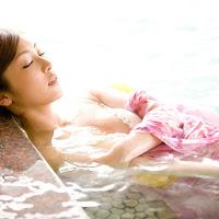 [BOMB.tv] 2009.09 Natsuko Tatsumi 辰巳奈都子 tn026.jpg