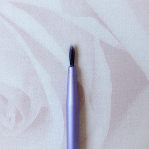 Real-Techniques-Eyeliner-Brush