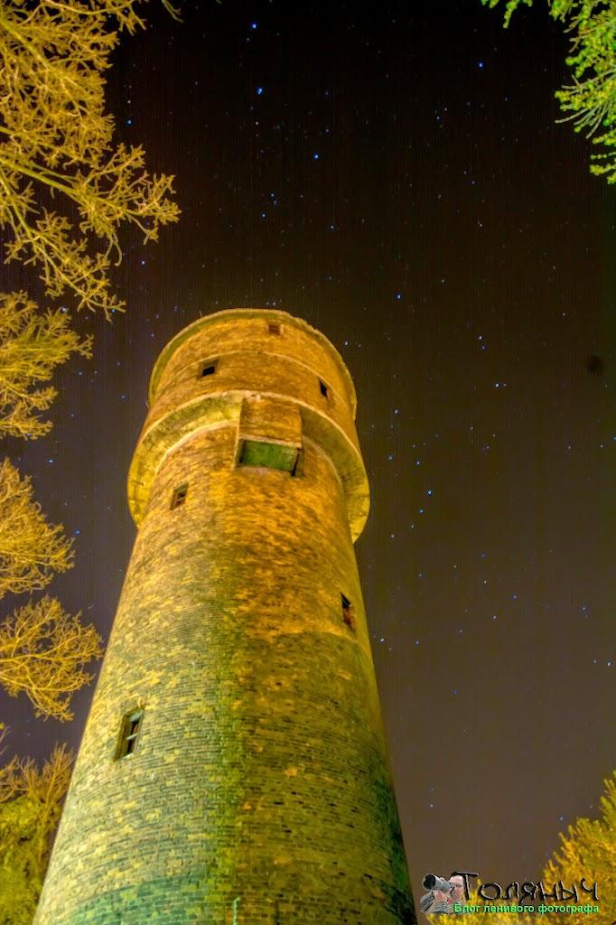 Ночной Суворов. Башня в поликлинике