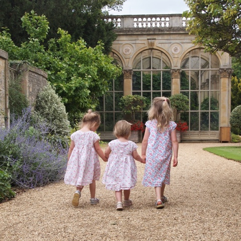 Siblings Project, Sisters, Castle Ashby