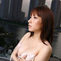 [DGC] 2008.01 - No.527 - Aya Beppu (別府彩) 037.jpg