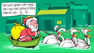 Photo: Noel mùa phố ngập