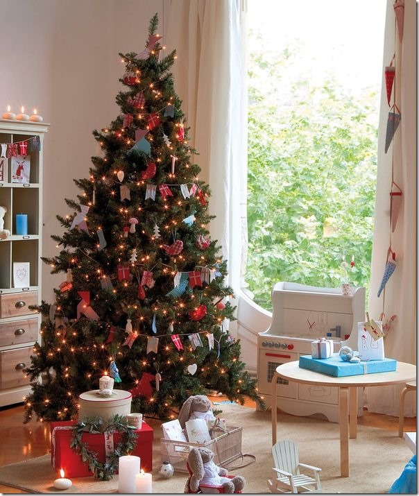 8 idee per decorare l 39 albero di natale case e interni