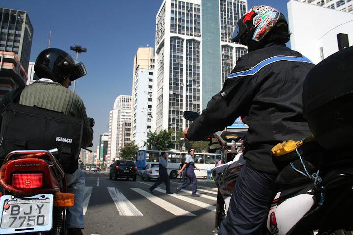 Avenida Paulista, Sao Paolo (foto tomada en julio de 2006)