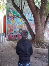 Photo: Tag - Rue Pablo Picasso (Crédits Ecole Bourgogne, classe CM2)